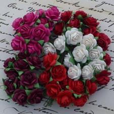 Wild Orchid Crafts - Paper Roses 15mm / Red, White & Fuchsia (100 stk.)